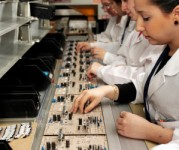 Bez znajomości języka praca w Holandii na produkcji elektroniki Son od zaraz