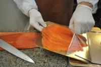 Dam pracę w Szwecji bez języka przy pakowaniu łososia Malmö od zaraz dla par